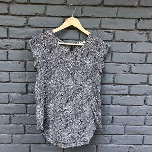 Joie 100% Silk Gray Snakeprint Blouse sz XS